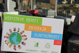 Galeria Wszystkie dzieci zbierają elektrośmieci